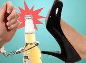 modi aprire bottiglia senza apribottiglie (VIDEO)