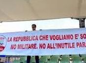 giugno: L'esercito sconfitta della democrazia. Aboliamo parata militare, democrazia deve vergognarsi delle armi, esaltarle