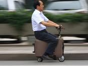 """Novità viaggiatori: arriva """"valigia scooter"""""""