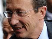 """L'acchiappaspettri politici: Gianfranco Fini. sull'ossimoro """"politico coglioni""""."""