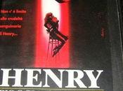 Henry pioggia sangue grazie alle atmosfere oscure tenebrose diventato classico film horror.