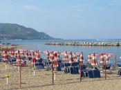 Malore spiaggia, muore napoletana