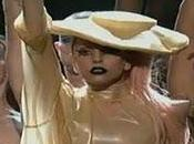 "Lady GaGa ""Born this way"" live Grammy Awards 2011"