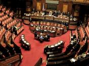 Governo Renzi, intervento premier. Ostruzionismo: circa 7000 emendamenti. Berlusconi: chiedo fiducia