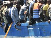 """Arrivati Reggio Calabria Trapani oltre mila migranti africani. Un'eritrea: """"Ecco come sono morti miei compagni"""""""