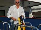 """Manovra Monti """"Salva-Italia"""", perché governi riescono tassare ricchi? spiega Flavio Briatore…"""