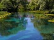 paradisi portata mano: canoa fiume Tirino Abruzzo)