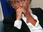 Attenzione filosofi set, critica Bernard-Henri Lévy (BHL) pensiero.
