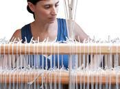 """fatto l'università imparare l'arte della tessitura"""". Ecco come Laura unisce teoria pratica laboratorio"""