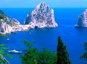 Domenica settembre gara nuoto Capri-Napoli