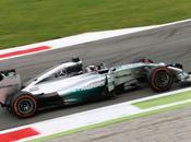 Italia. Hamilton pole, prima fila tutta Mercedes