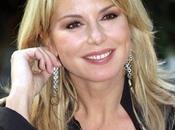 Riuscirà Monica Leofreddi farci rimpiangere Veronica Maya?