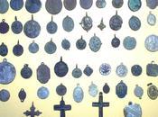 Archeologia della devozione popolare salentina: Santini medagliette