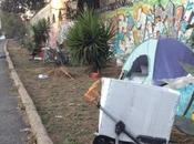 accampamento nomadi cuore della città. margini Mattatoio Testaccio, Tevere trasforma discarica