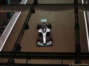 Singapore. Hamilton pole davanti Rosberg Ricciardo