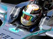 Singapore, libere Hamilton riporta Mercedes