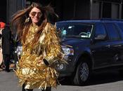 Anna Dello Russo alla York Fashion Week Gold Black