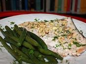 Salmone grigliato nocciole contorno fagiolini.