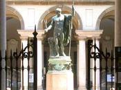 Napoleone Bonaparteopera Canova Breraè stato restit...