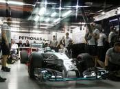 Giappone, Libere Rosberg veloce, Hamilton muro