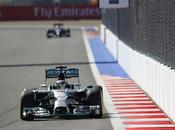 Lewis Hamilton domina primo Russia. Mercedes campione mondo