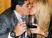 Video. Maradona scatto violento verso Rocio Oliva
