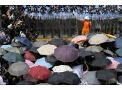 sguardo convenzionale sulla rivolta hong kong