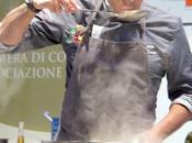 """Salone Gusto Lecce Filippo Mantia piatto della tradizione salentina rivisitato: zuppa pesce alla """"gallipolina""""."""