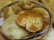 Puri tradizionale pane fritto indiano
