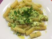 Pasta zucchine mozzarella uova
