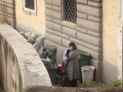 Piazza Popolo campo nomadi. tanto discarica. All'ingresso museo. credete Eppure...