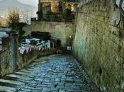 scendi dalle scale! mese eventi oltre scale Napoli. Ecco programma