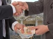 """Speciale Grecia: Parlamentare Rivela Hanno Offerto Milioni Euro Votare Presidente"""""""