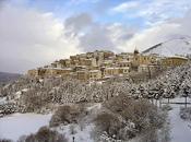 Skiing Abruzzo. Sciare Altipiani delle miglia dell'Alto Sangro.