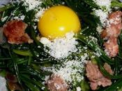Uova quaglia nido salsiccia