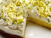 Torta gelato all'ananas, fresca, leggera delicata.