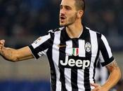 """Napoli-Juventus, Bonucci replica giornalista: """"Noi agli ottavi Champions, voi..."""