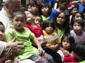 "Polemica nelle FIlippine visita Papa Francesco. ""Famiglie senzatetto 'nascoste' resort lusso"""
