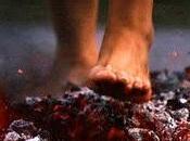 Firewalking: l'arte camminare fuoco...