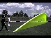 Adidas miCoach SMART BALL: pallone collega all'iPhone
