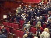 Volevo fare post Sanremo, stanno pisciando Costituzione