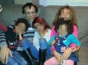 """Madre brucia vive figlie chiama marito: """"Ascolta loro urla, salverai"""""""