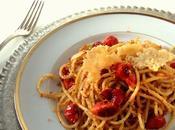 Spaghetti pomodorini confit sfoglie parmigiano