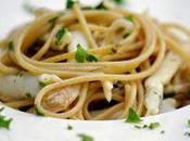 pasta integrale cucina mare: spaghetti aglio olio cannolicchi