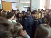 #LaBuonaScuola presenta polizia Liceo Classico!