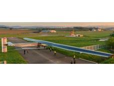 Solar Impulse partito giro mondo dell'aereo solare