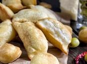 Chizze pensando alla Pasquetta simpatico finger food reggiano parmigiano olive verdi