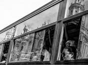 meglio forum: bianco nero riflessi sulle vetrine. Riflessione sulla post produzione.