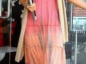 Paris hilton giro vestita hippy senza reggiseno
