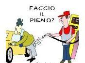 """L'elenco ITALIANO delle """"pompe bianche"""" dove benzina costa meno:"""